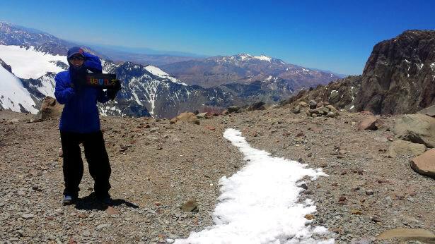 Mariana Torres a 5580 msnm del Aconcagua