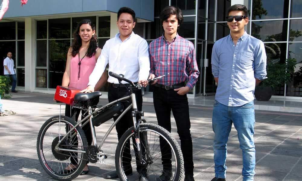 Alumnos de la Universidad Autónoma de Querétaro presentan BiciUAQ