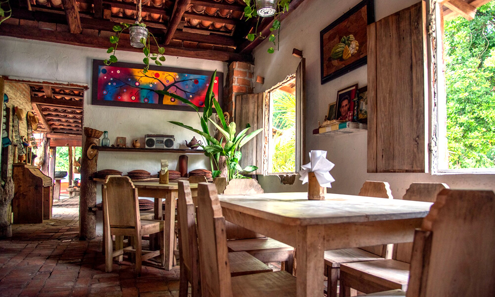 Interior de Cocina Chontal de Nelly Córdova